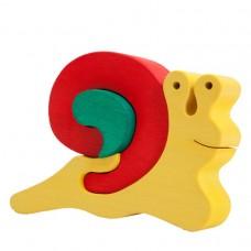 Fauna játékok- Állat figurák:  csiga piros